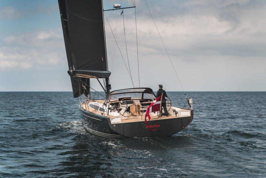 Flexiteek 2G synthetic teak on X-yachts 56